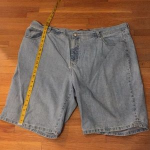 Very good condition GV shorts